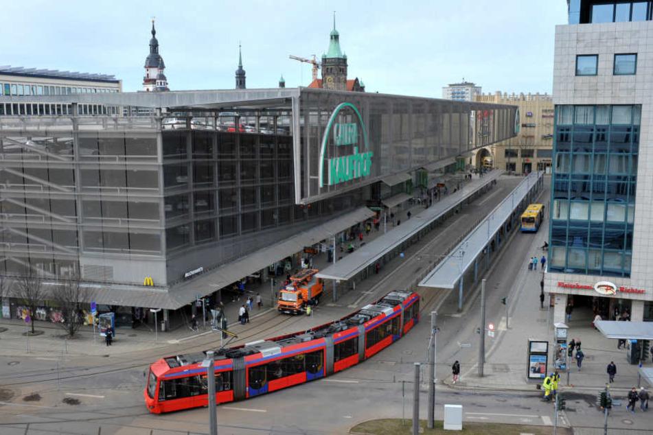 Ab Montag ist die komplette Rathausstraße dicht.