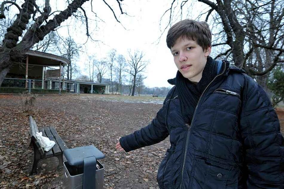 Tim Sachse (19) vom Jugendforum will Flaschensammlern das Leben erleichtern.  Neben Müllkörben sollen Pfandkisten aufgestellt werden. Das würde  manches Müllproblem lösen.