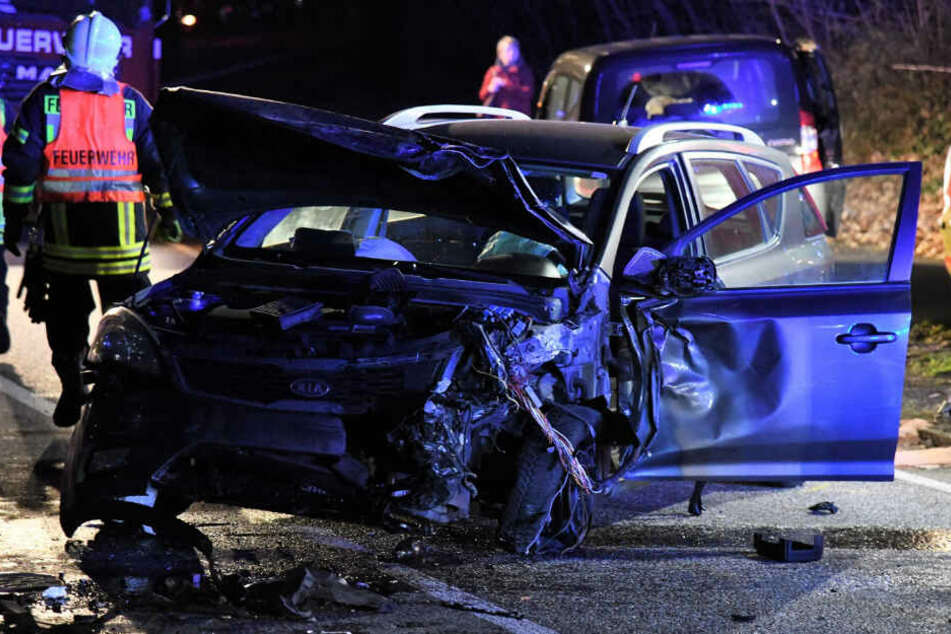 Ein schwerer Unfall hat am Mittwochabend das Nadelöhr zwischen Potsdam und Groß Glinicke für mehrere Stunden blockiert.