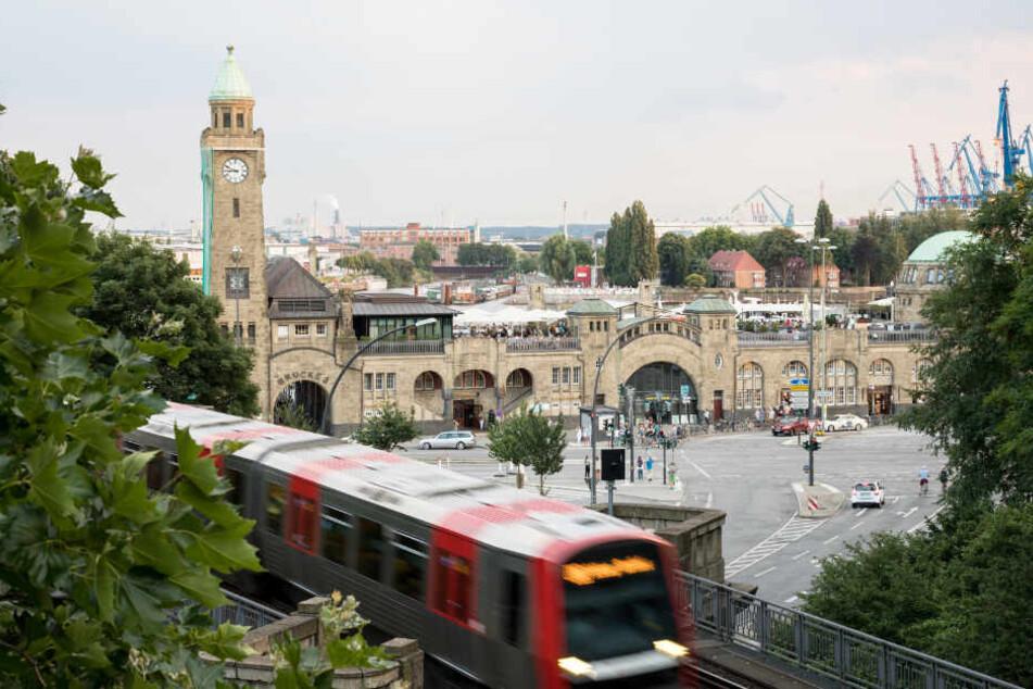 Die U3-Strecke über Landungsbrücken ist bereits seit Mai gesperrt.