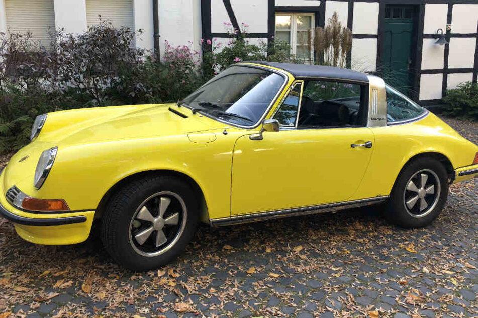 Trotz auffälliger Farbe: Porsche-Oldtimer aus Parkhaus gestohlen