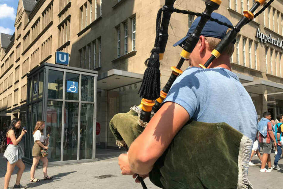 TAG24-Interview: So viel verdient ein Dudelsack-Spieler auf der Straße