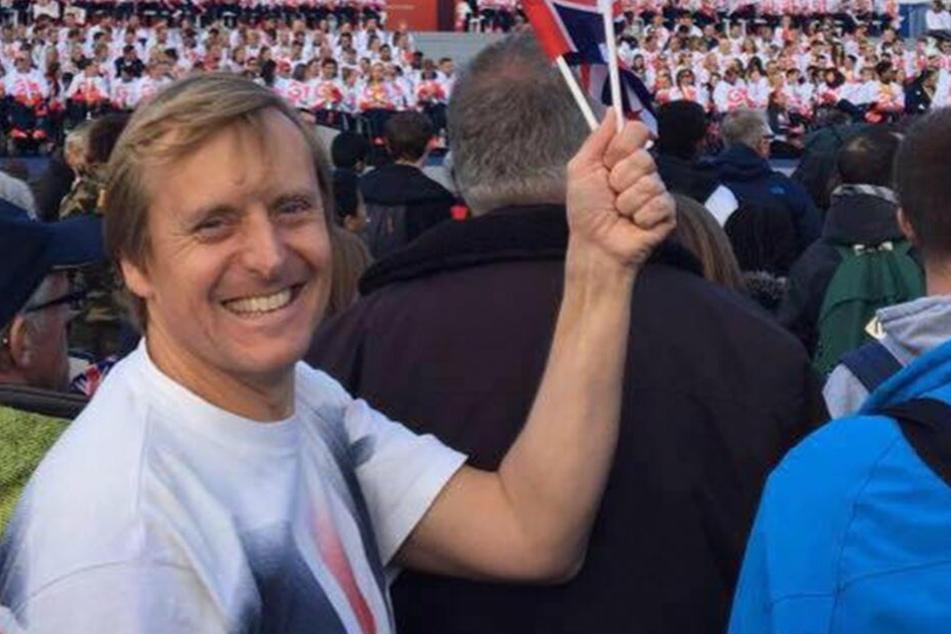 Simon Watson (45) ist stolz auf seinen Erfolg.