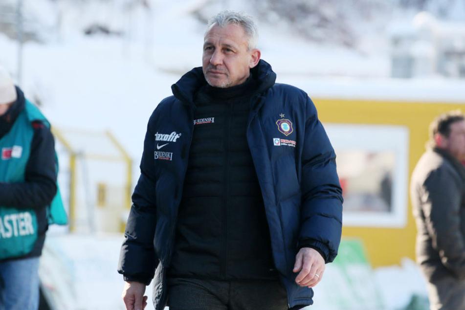 Pavel Dotchev konnte nach dem Sieg gegen Heidenheim aufatmen.