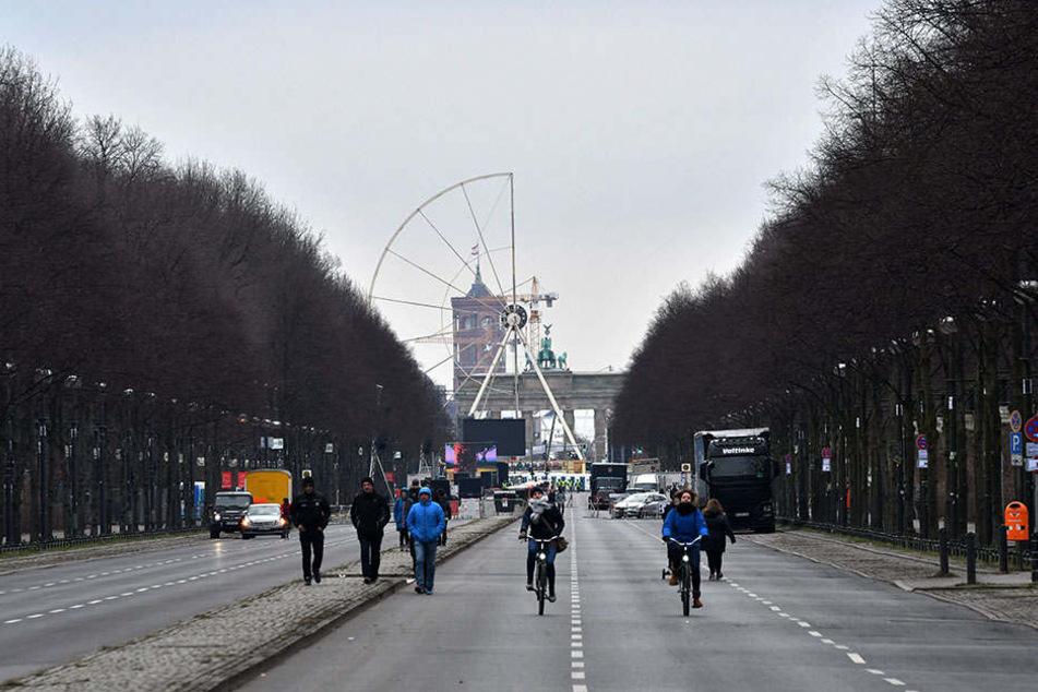 Vorbereitungen für die große Silvesterfeier in Berlin.