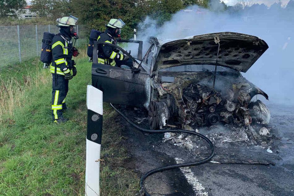 Mercedes geht während Probefahrt in Flammen auf
