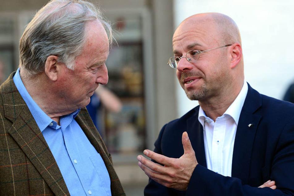 Andreas Kalbitz (rechts) übernahm im April den Posten von Alexander Gauland in Brandenburg.