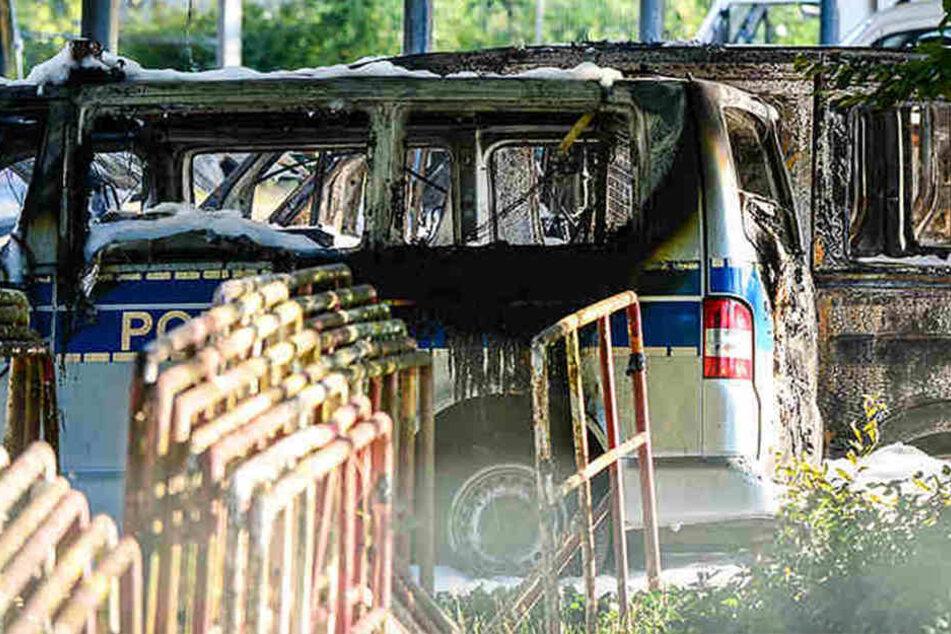 5000 Euro! Polizei belohnt Zeugen für Hinweise nach Brandanschlag