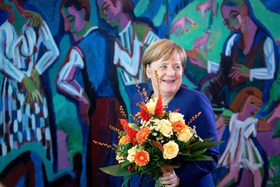 Angela Merkel (64, CDU) hat mit Walser einen prominenten 'Verehrer'.