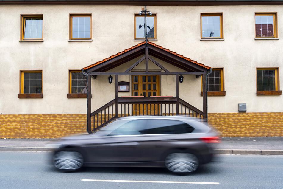 Das Gebäude in der Bamberger Straße 22 soll ab Oktober an eine Senioren-Tagespflege verpachtet werden. (Archiv)
