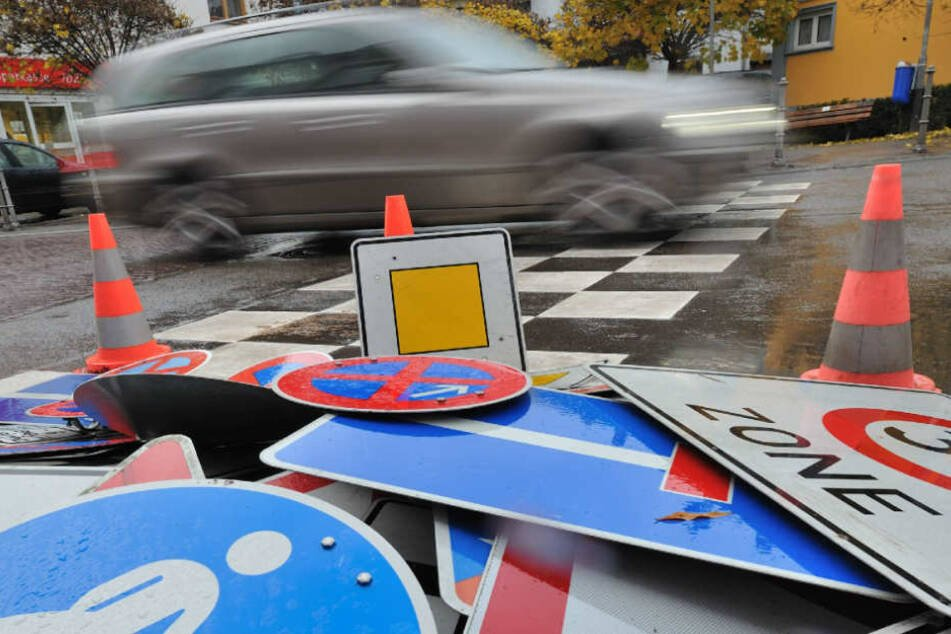 100 Verkehrsschilder wurden an nur einem Wochenende gestohlen. (Symbolbild)