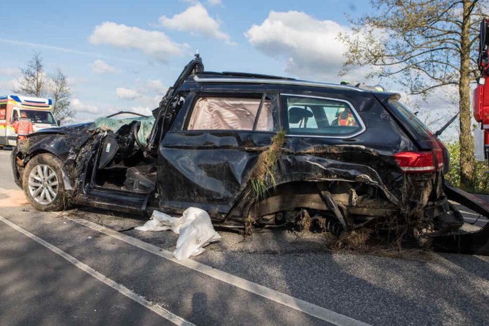 Der Frontbereich der Autos war stark deformiert.