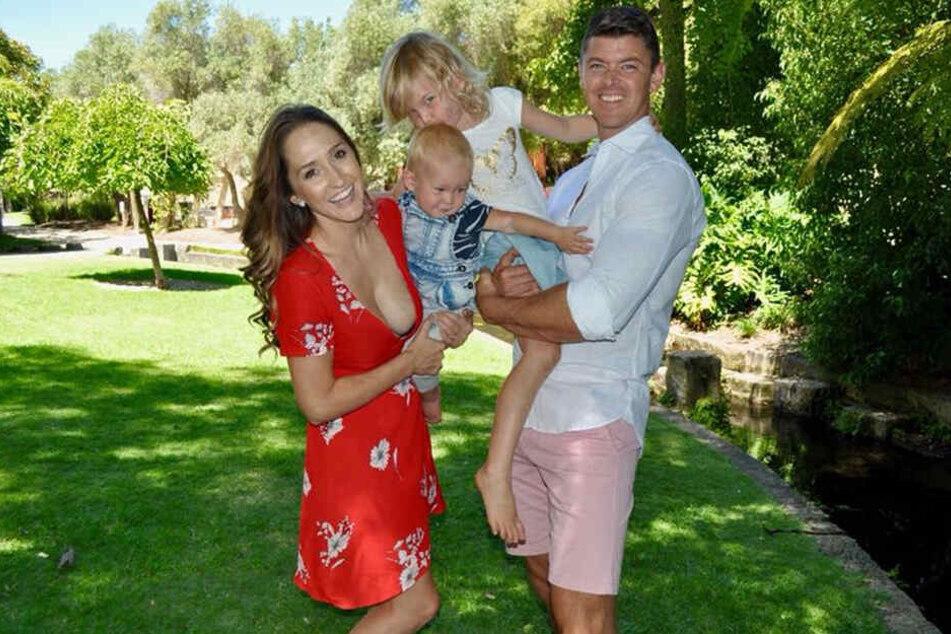Stacey Barnes, ihr Ehemann Ryan Prigg und ihre beiden Kinder.