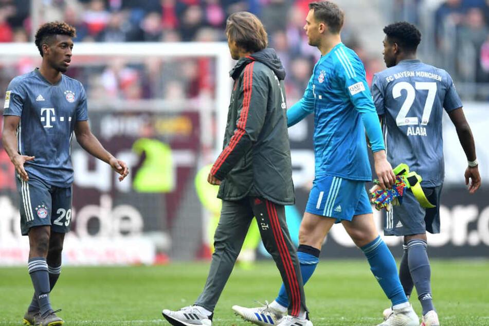 Bayern-Schlussmann Manuel Neuer musste in der zweiten Halbzeit vom Feld.