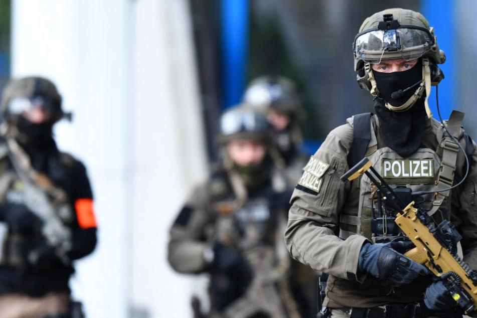 Die Polizei-Aktion richtete sich laut Hessenschau.de gegen Islamisten (Symbolbild).