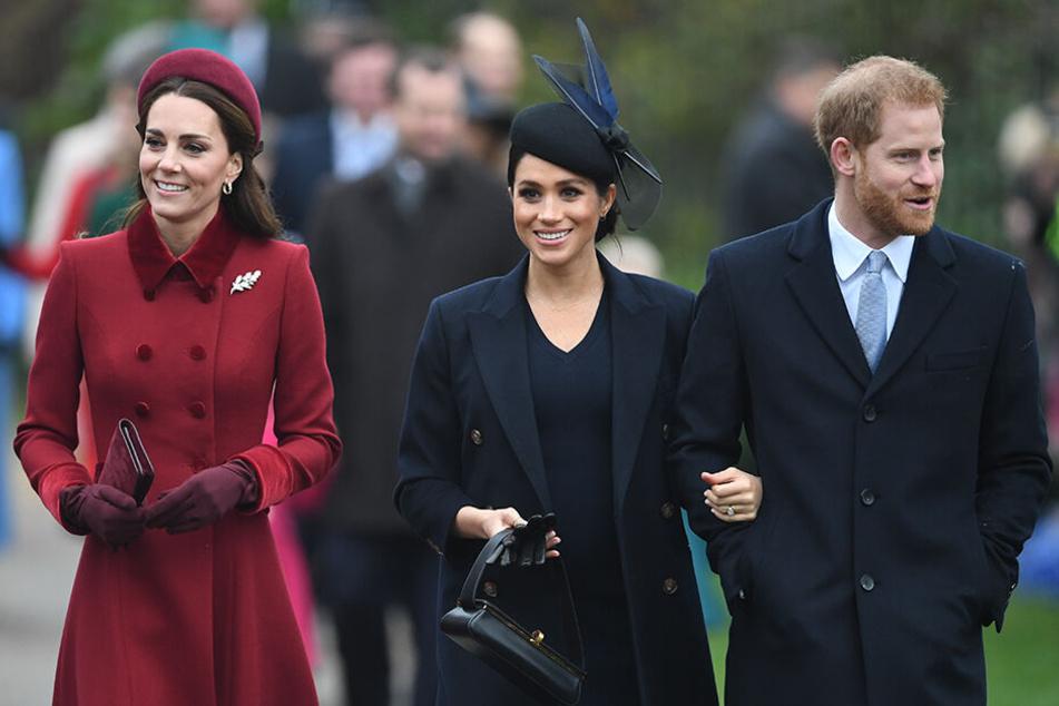 In der Öffentlichkeit mimen Meghan und Kate die heile Familie.