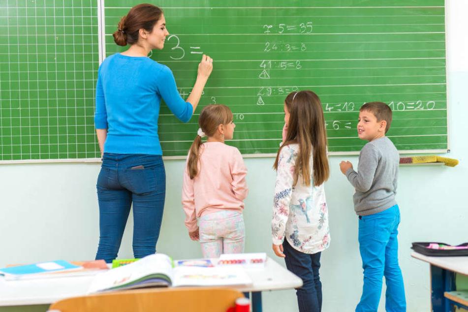 Die Bundesländer haben unterschiedliche Regelungen mit ihren Lehrern.