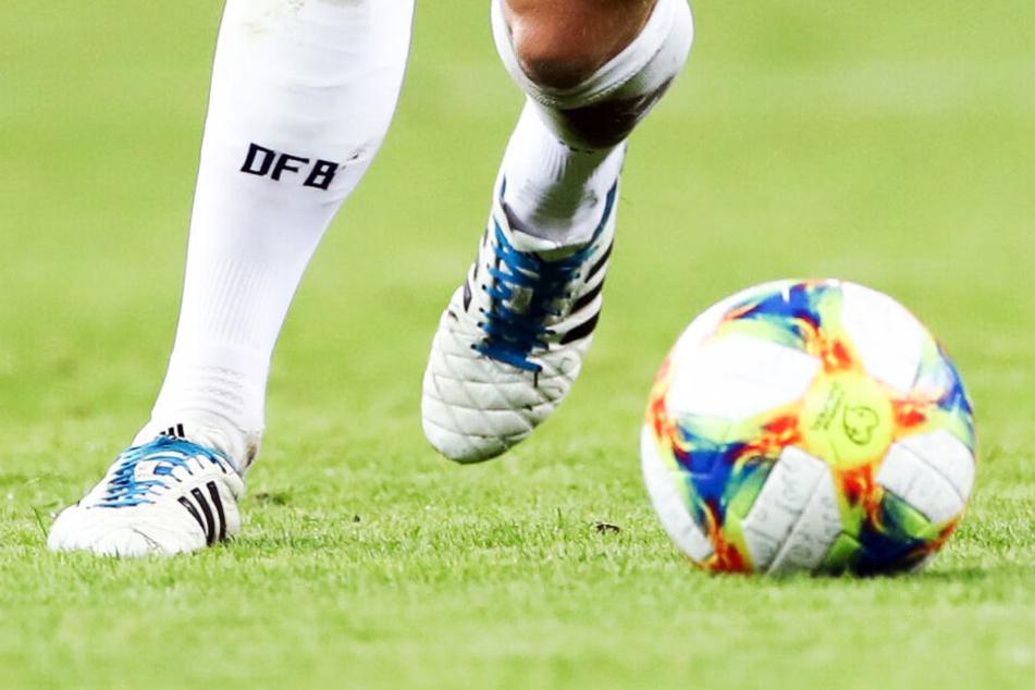 Peinlich für ARD und ZDF! Telekom schnappt TV-Rechte für Fußball-EM weg