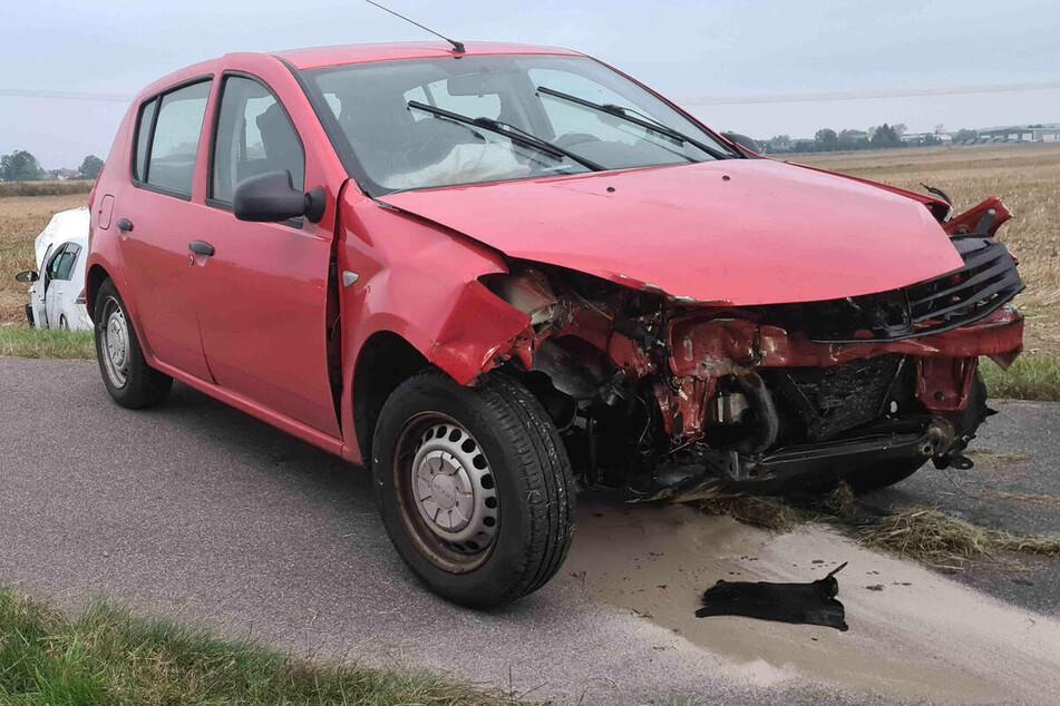 Crash an der Grenze zu Sachsen: Unfall sorgt für zwei Verletzte und hohen Sachschaden!