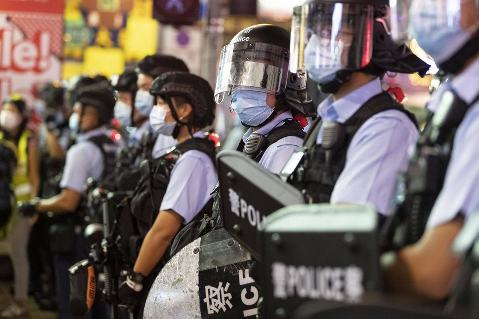 Hong Kong teen flees and smuggles himself into US via Mexico