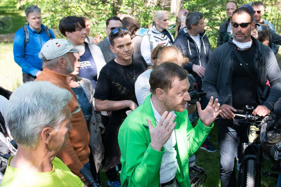 """""""In einem Pulk umringt"""": MP Kretschmer will seine Masken-Strafe zahlen"""