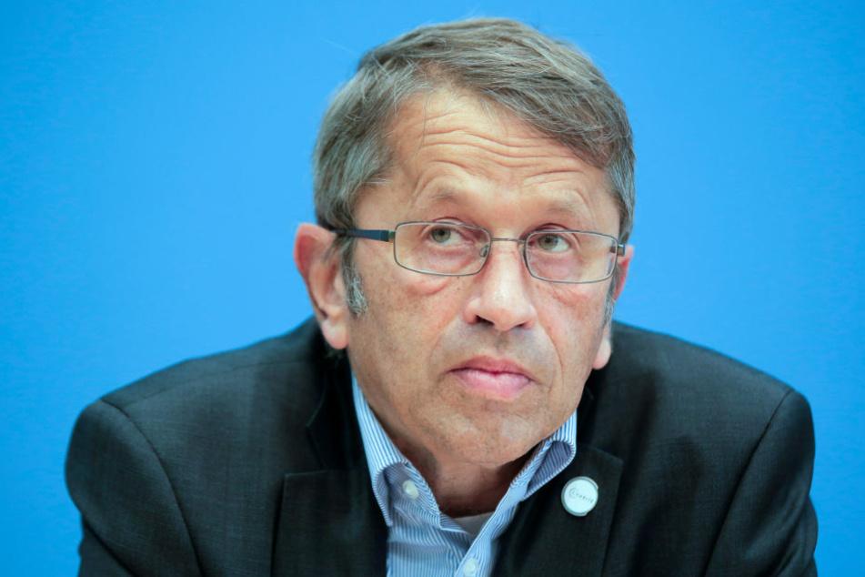Heyo K. Kroemer (60), Vorstandsvorsitzender der Charité, präsentierte am Montag gemeinsam mit dem Regierenden Bürgermeister und Charité-Aufsichtsratsvorsitzenden Michael Müller (55, SPD) ein Strategiepapier zur Ausrichtung der Charité bis 2030.