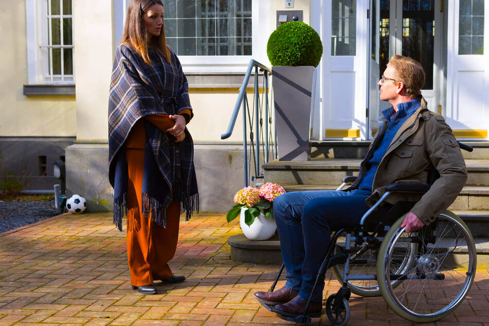 """""""Alles was zählt"""": Christoph sagt wichtige OP ab und landet im Rollstuhl"""