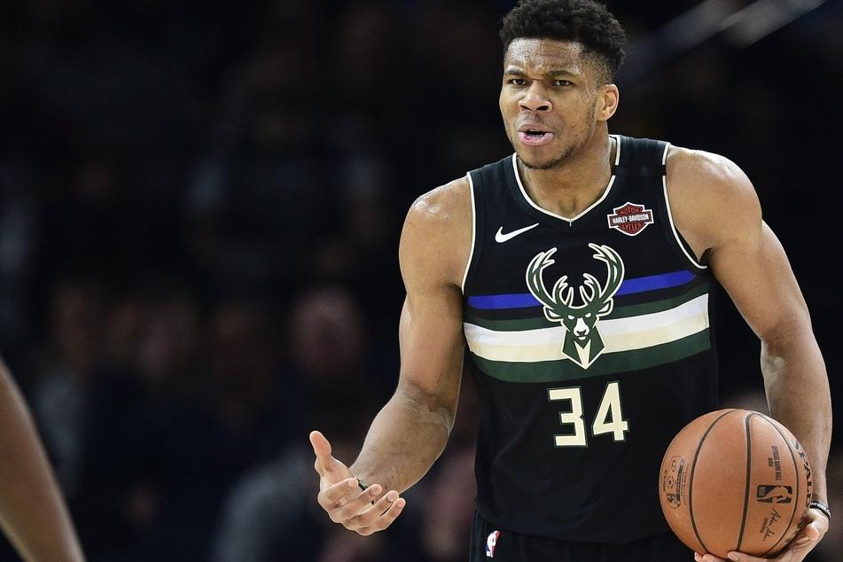 NBA: Giannis overcomes bum knee to lead Bucks to victory over Hawks