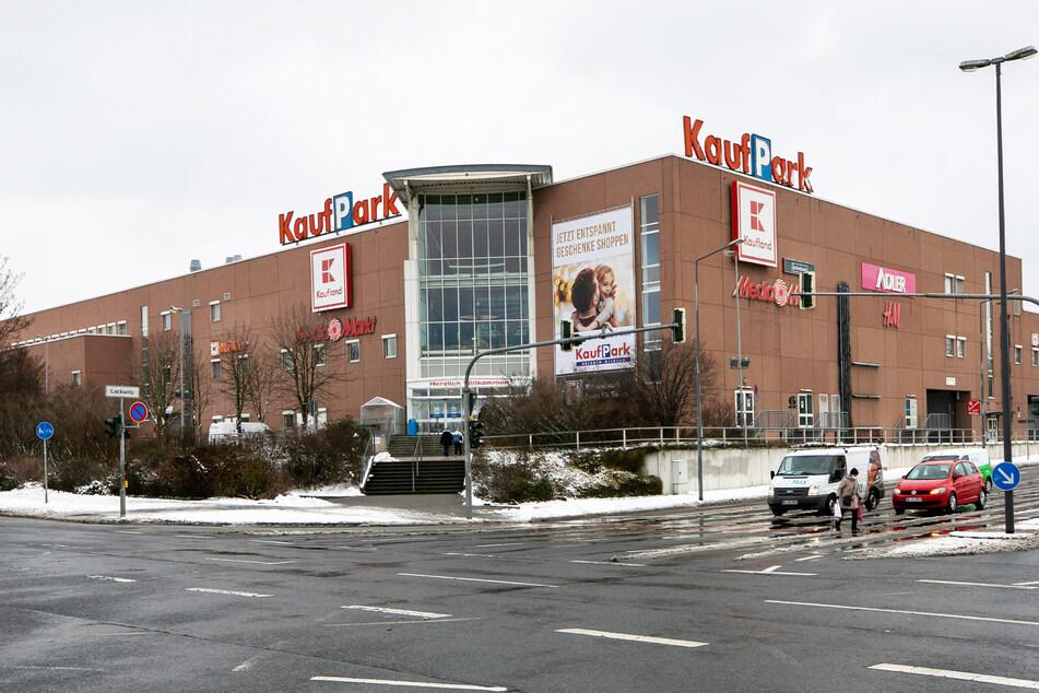 Der Kaufpark Dresden: Noch in diesem Jahr könnte im rückwärtigen Bereich der Abriss beginnen.