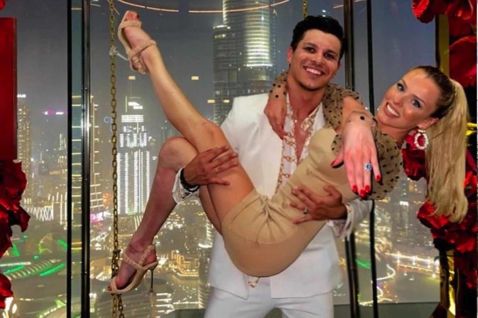 Ende Juni gaben Patricija (26) und Alexandru (26) ihre Verlobung bekannt.