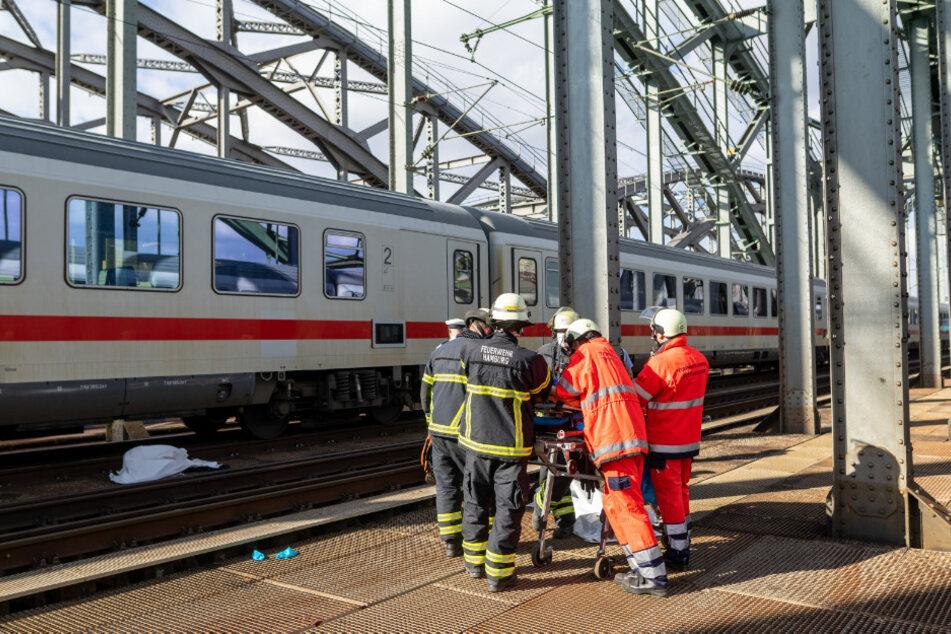 Tödlicher Unfall auf Gleisen sorgt für Bahnsperrung