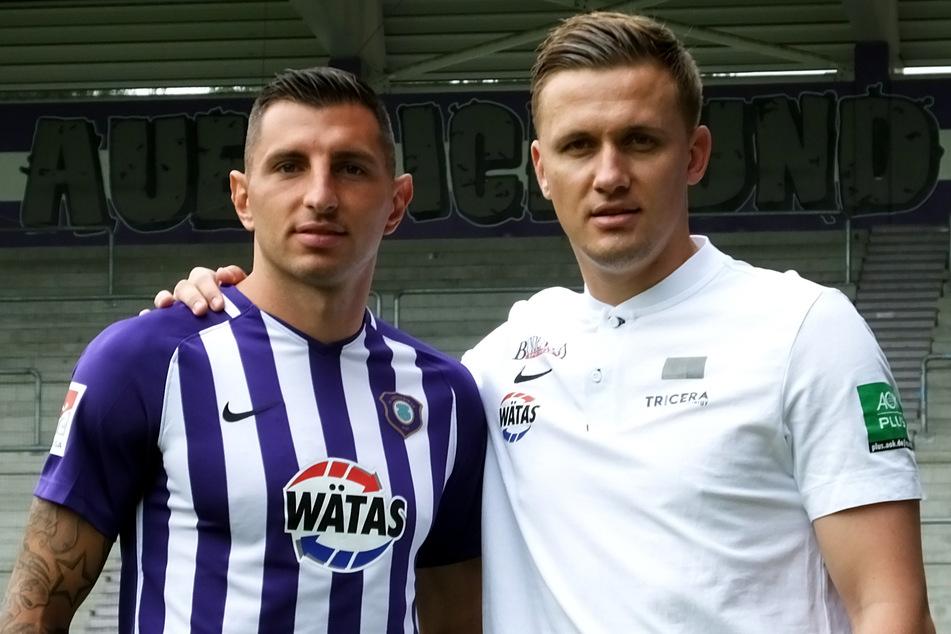 Nikola Trujic (29, l.) und Aue-Coach Aleksey Shpilevski (33).