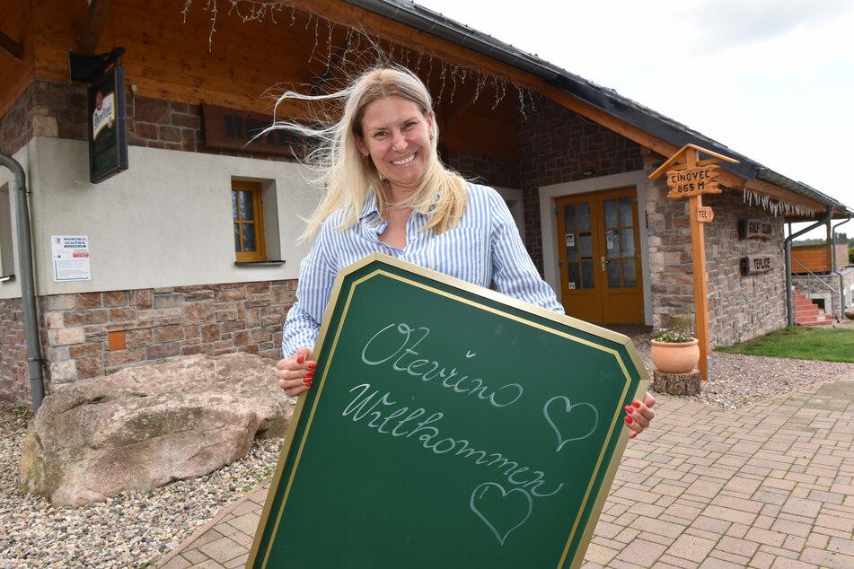Kveta Ivanov vom Golfhotel in Cinovec darf endlich wieder deutsche Gäste empfangen. Die Erleichterung ist groß.