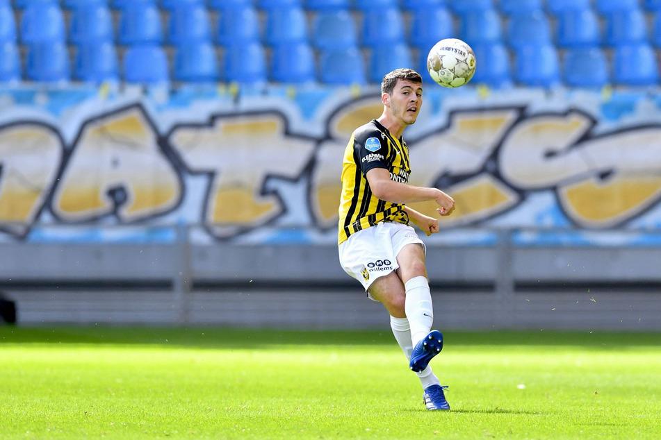 Jacob Rasmussen spielt jetzt in Holland für Vitesse Arnheim. Derzeit ist der Däne aber außer Gefecht - er hatte einen positiven Corona-Test.