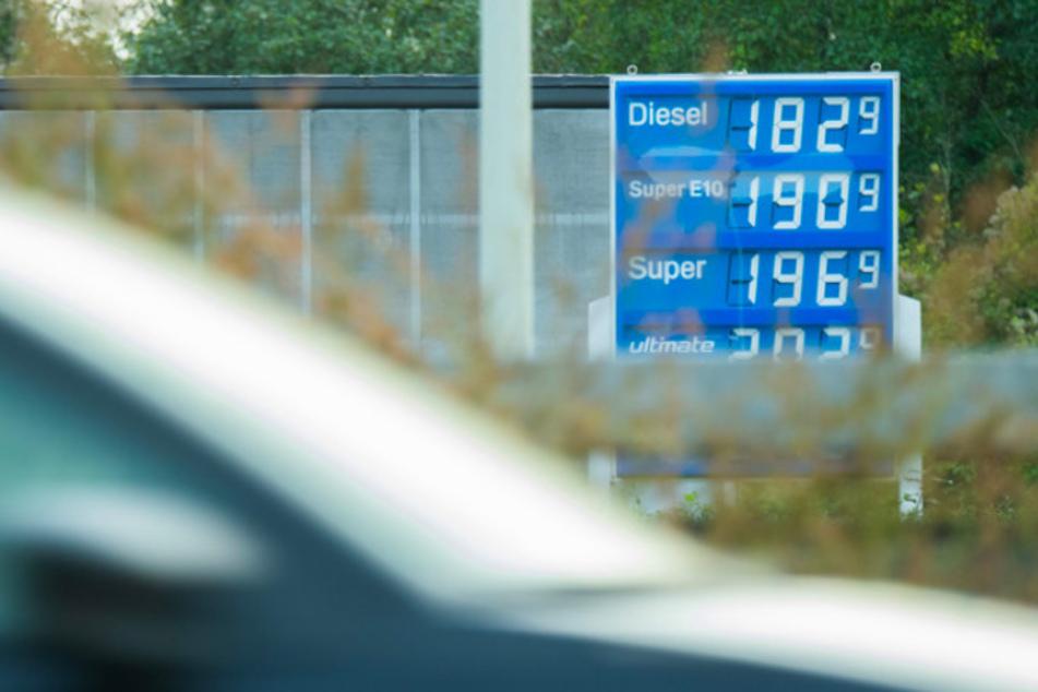 Billiger tanken im Ausland: Hohe Spritpreise kurbeln Tanktourismus an