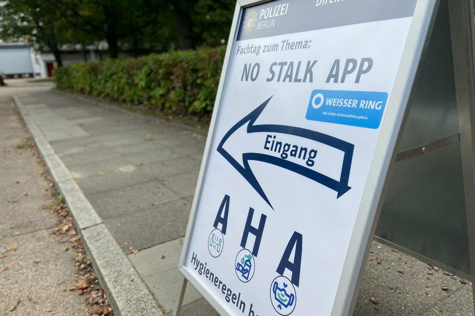 """Die App """"No Stalk"""" sichert und dokumentiert eingegangene Fotos, Videos, Chatnachrichten und Sprachnachrichten."""