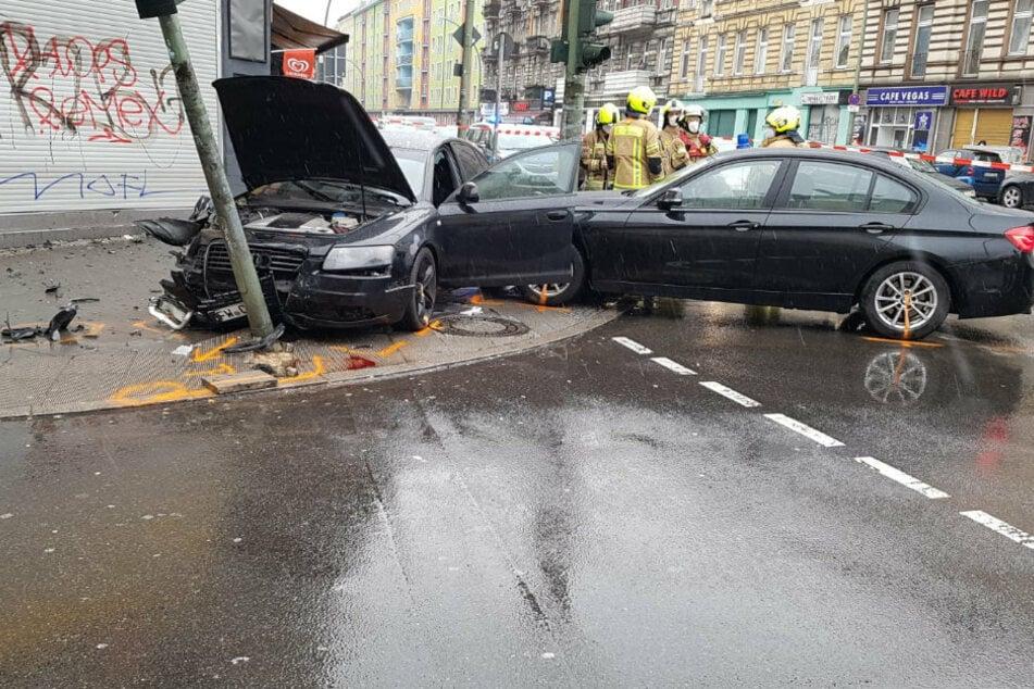 Bei Kontrolle in Neukölln: Autofahrer flüchtet vor Polizei und verletzt Seniorin