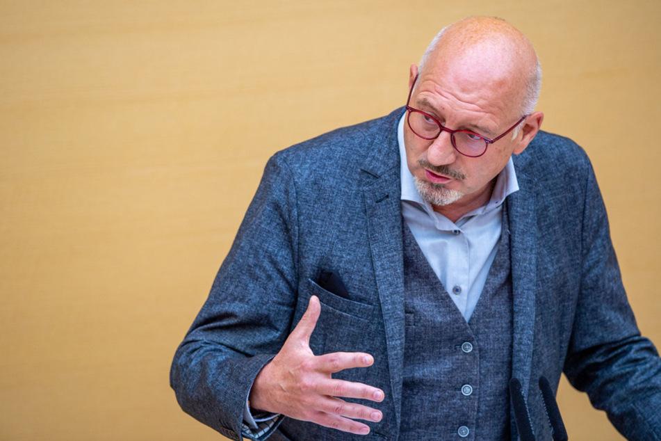 München: Führerschein ab 15? Freie Wähler wollen Mindestalter herabsetzen