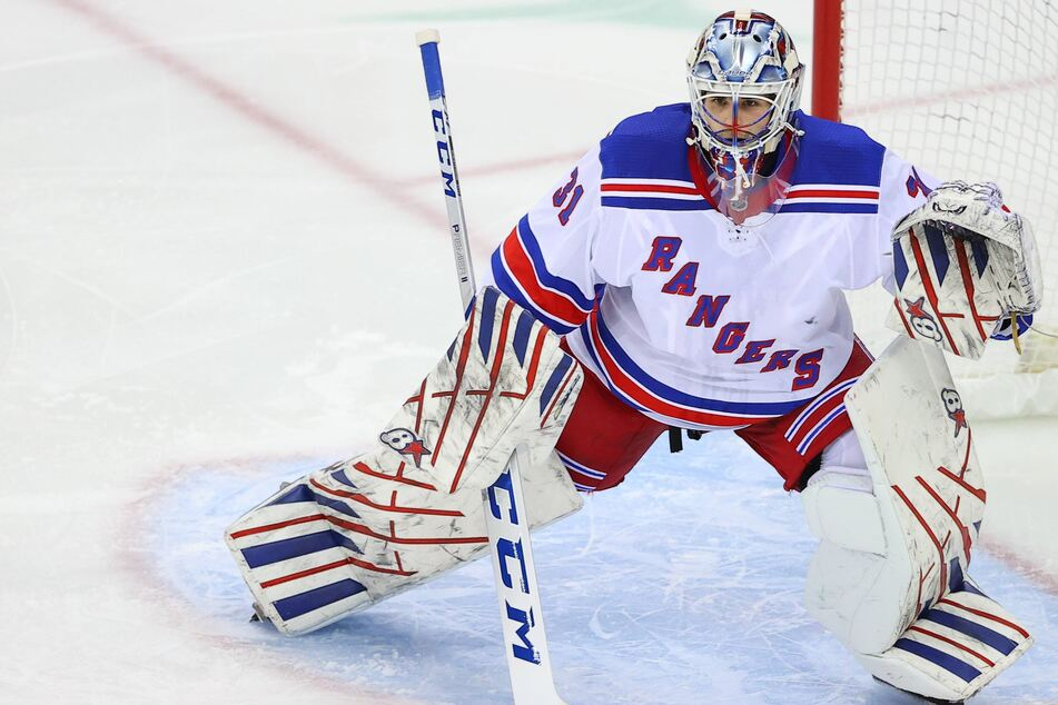 NHL: Rangers goalie gets his first NHL shutout as New York dominates the Devils