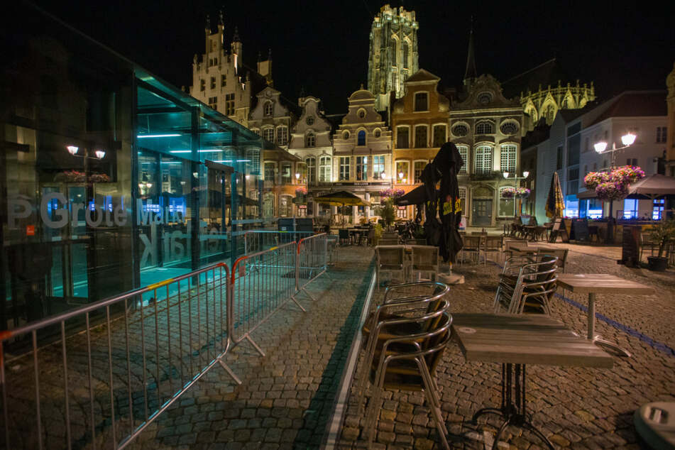 Der Marktplatz der Stadt Mechelen in der Provinz Antwerpen. Die Region gilt nicht mehr als Corona-Risikogebiet.