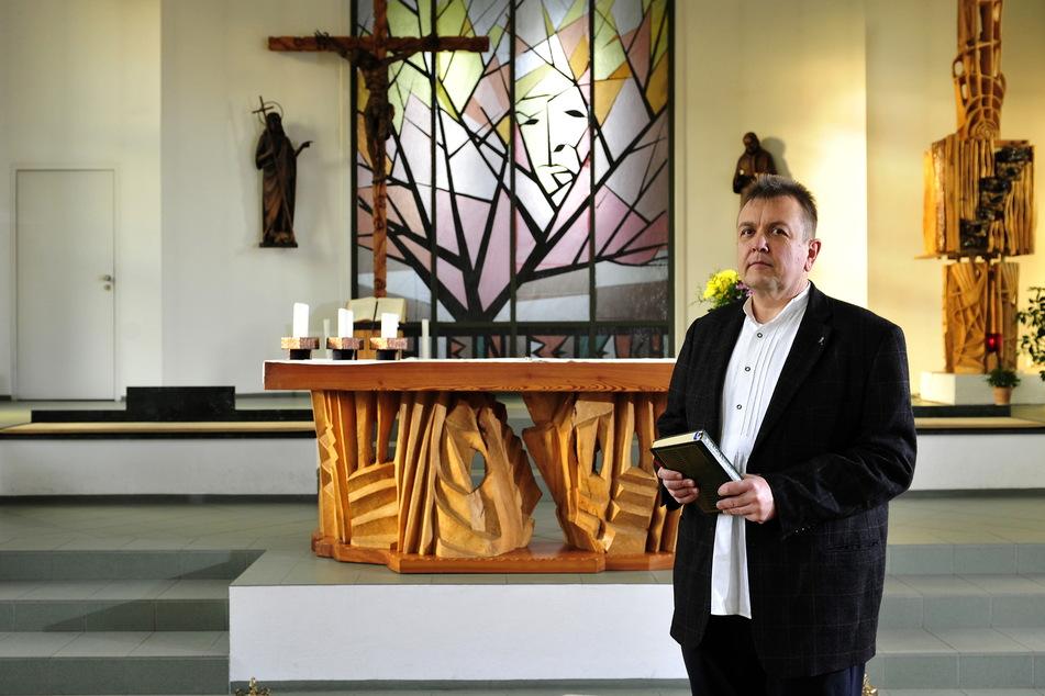 Michael Stutzig (52), Pfarrer der St. Antonius-Kirche, fragt sich, was im Dezember überhaupt möglich sein wird.