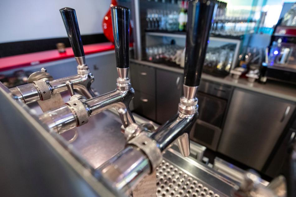 Absage an Kneipen: Verwaltungsgerichtshof bestätigt Verbot von Bar-Öffnungen