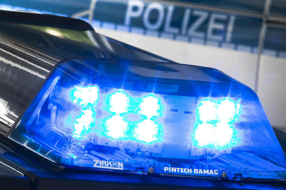 Tödlicher Unfall in Potsdam: Radfahrer (†51) unter Laster eingeklemmt