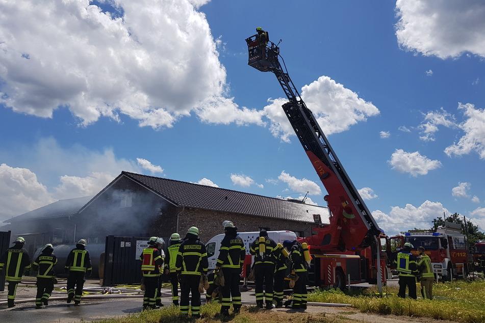 Durch den Brand entstand ein beträchtlicher Sachschaden.