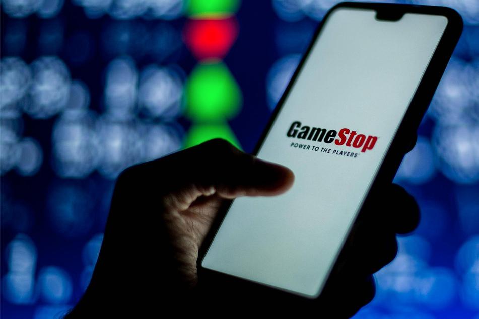 GameStop hearing kicks off in Congress with testimony from Robinhood
