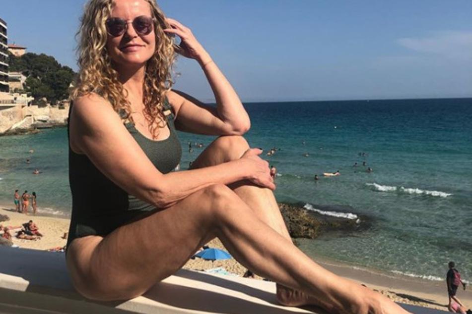"""""""Du bist eine Göttin"""": Katja Burkard (55) sonnt sich auf Mallorca!"""
