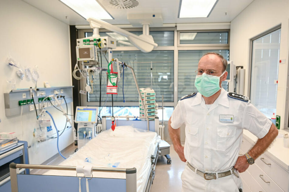 Colonel Professor Matthias Helm explains how the Army Hospital in Ulm is preparing to take in coronavirus patients.
