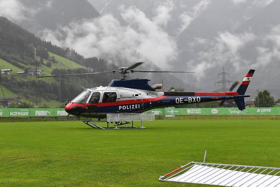 Für Aufsteiger Greuther Fürth war der Fußballplatz wegen eines Unwetters nicht bespielbar. Stattdessen landete dort ein Polizei-Hubschrauber.