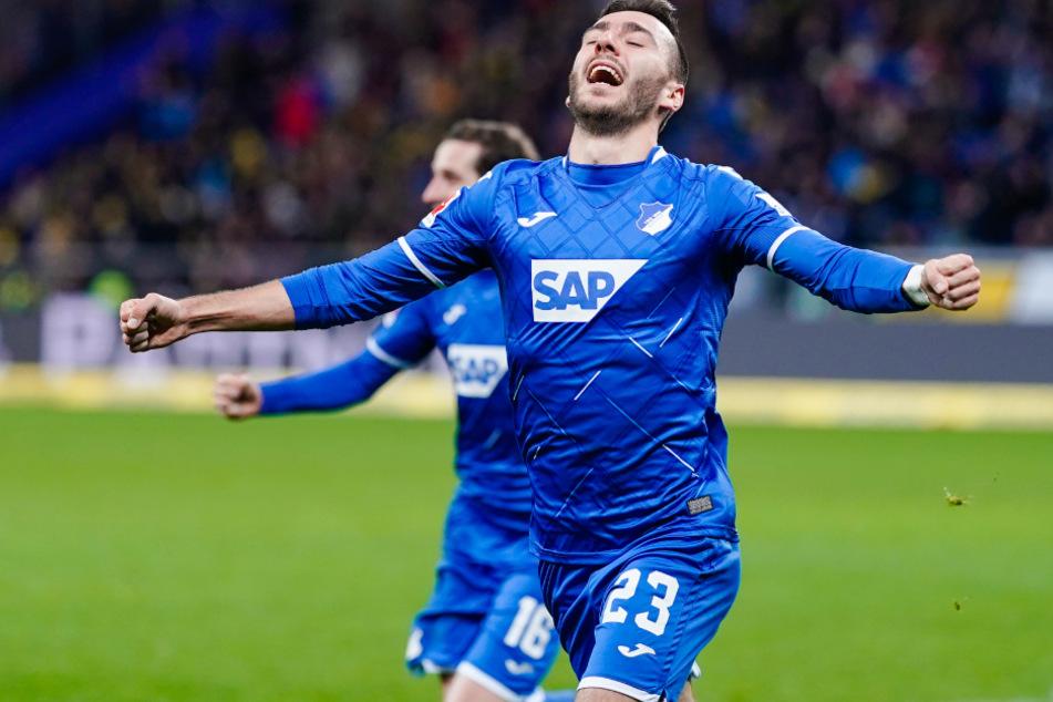 Sargis Adamyan (27) ist Stürmer beim Fußball-Bundesligist TSG 1899 Hoffenheim und mit Anna Wilken zusammen.