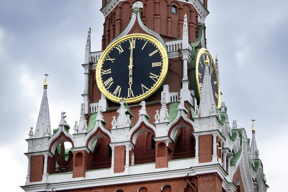 Die Kreml-Uhr in Moskau gab nach dem Krieg für Ostdeutschland die Zeit vor.
